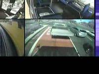 Не шути с водителями автобусов (1.789 MB)