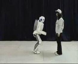 Прикольный робот (1.384 MB)