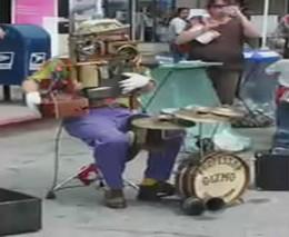 Человек-оркестр (4.181 MB)