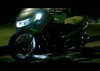 Японские тюнингованные скутеры (3.858 MB)