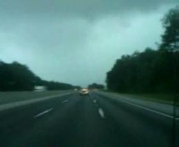 Молния ударила в грузовик (866.035 KB)
