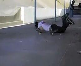 Месть скейта (2.900 MB)