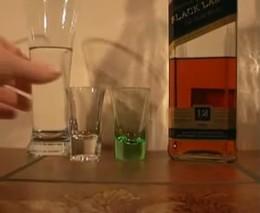 Трюк с водой и виски (1.737 MB)