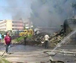 В Кременчуге сгорел магазин пиротехники (2.734 MB)