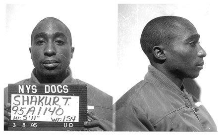 Знаменитости в тюряге (20 фото)