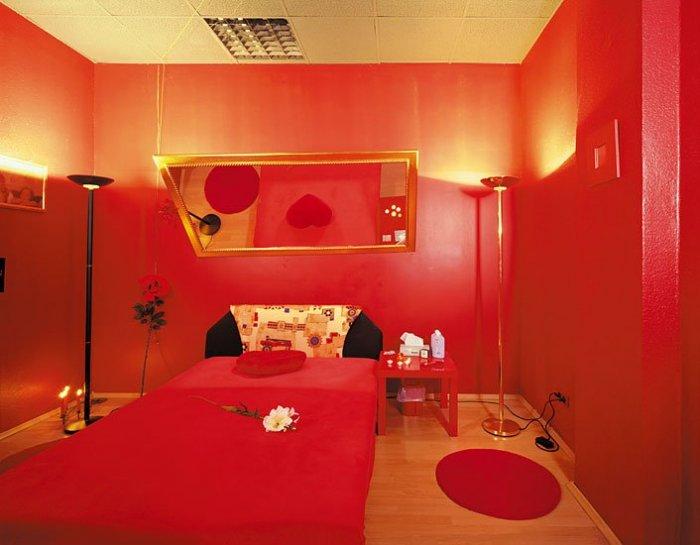 Апартаменты западных проституток (15 фото)