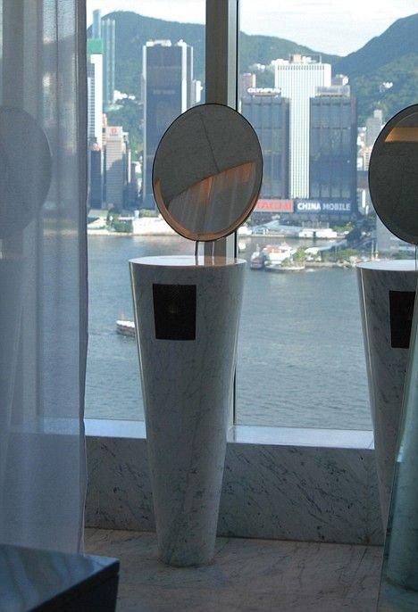 Необычные туалеты (15 фото)