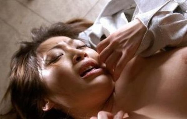 Лица девушек во время оргазма (20 фото)