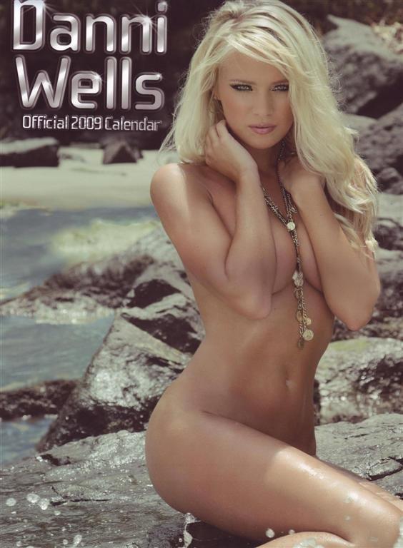 Danni Wells - 2009 Topless Calendar (13 фото)