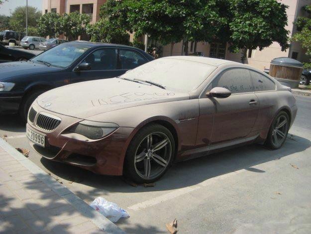 Заброшенная BMW M6 (8 фото)