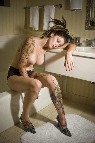 Татуированные девушки (35 фото)