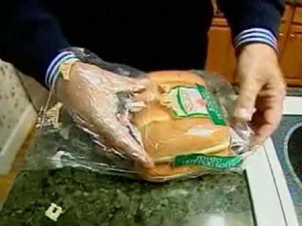 Сюрприз в буханке хлеба (6 фото)