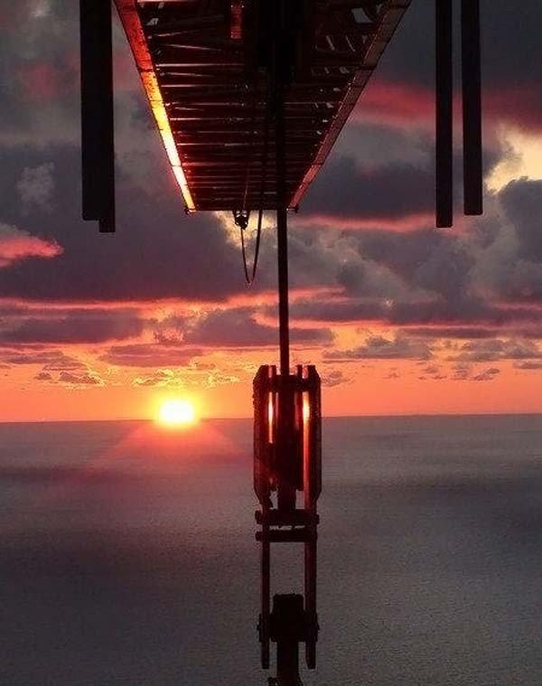 Работа на высоте (16 фото)