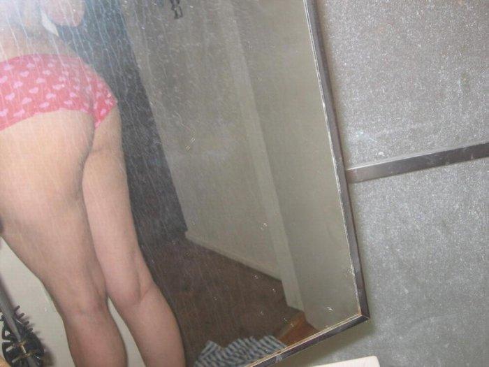 Любительские фотографии девушек (31 фото)