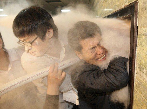 В Корее тоже весело (9 фото)