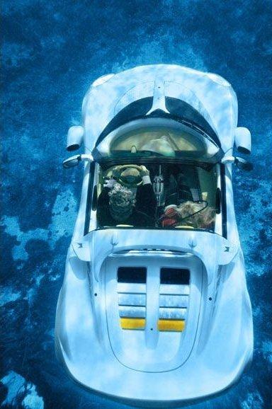 Squba - автомобиль умеющий плавать под водой! (12 фото)