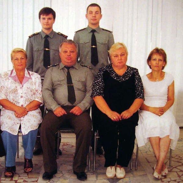 В семье не без урода (2 фото)