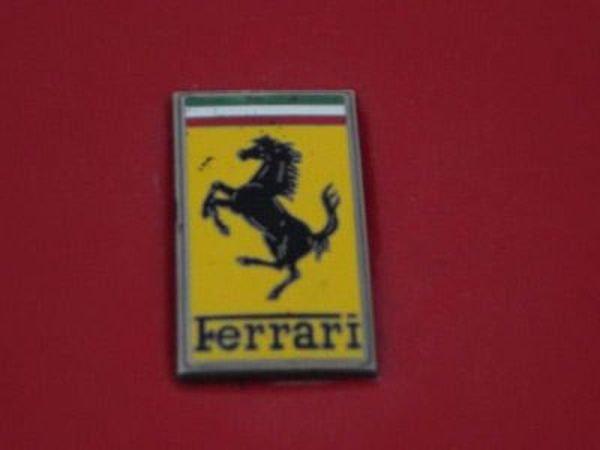 В Италии закрыта лавочка по производству поддельных Феррари! (10 фото)