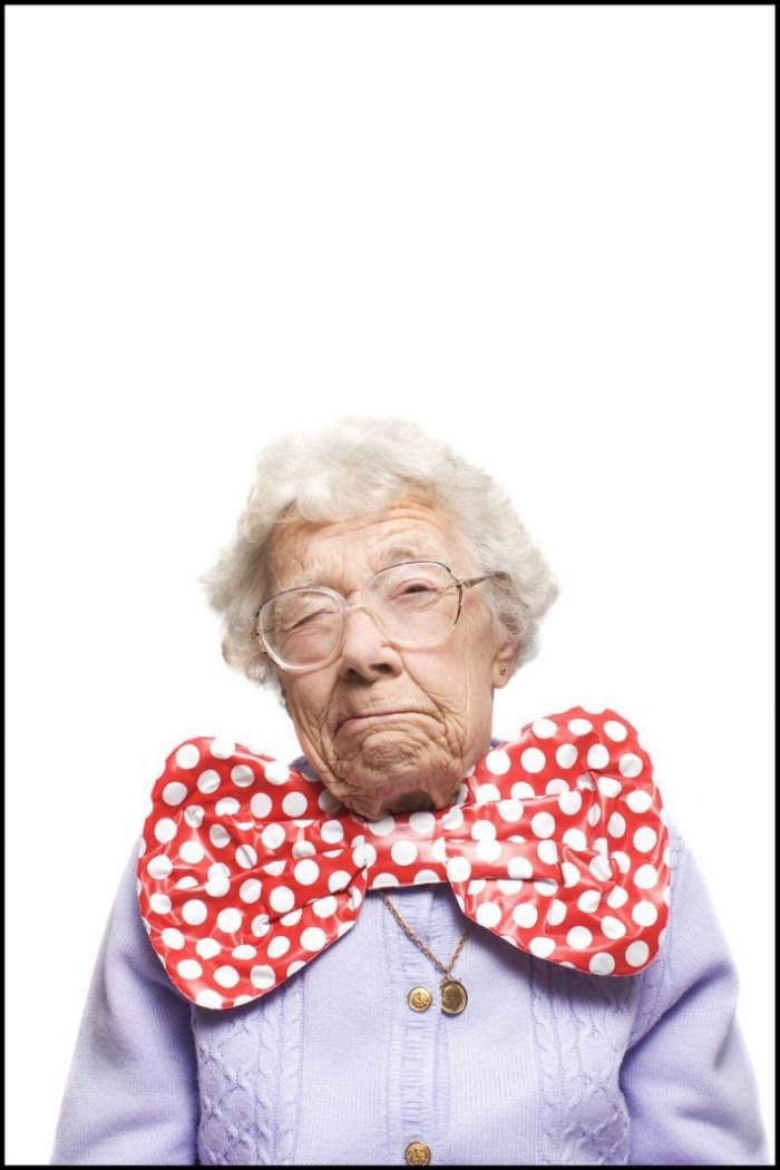 Мегапозитивная бабулька! (15 фото)