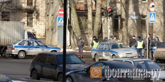Гаишники не поделили дорогу:-) (7 фото)