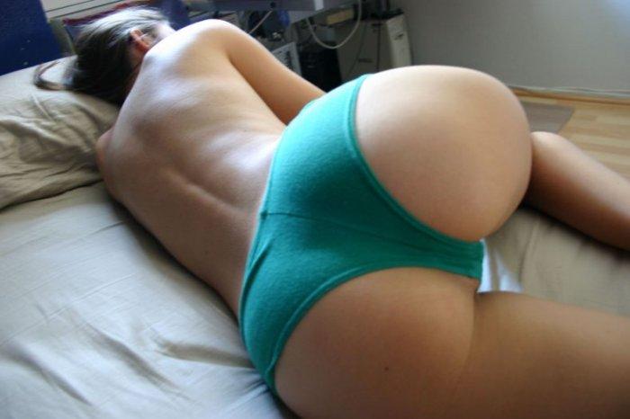 Спящая красавица. Вид сзади (10 фото)