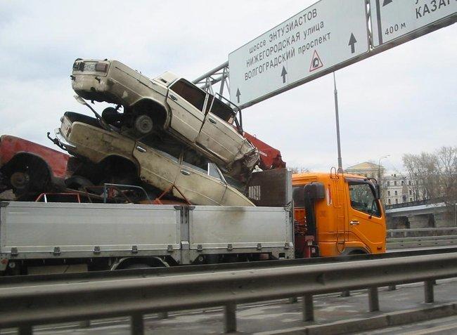 Креативный подход к перевозке (3 фото)