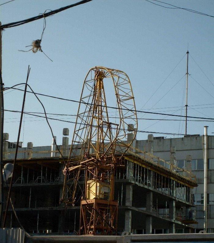 Равшан и Джамшуд добрались до строительного крана + бонус (6 фото)