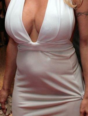 Памэла беременна? (8 фото)