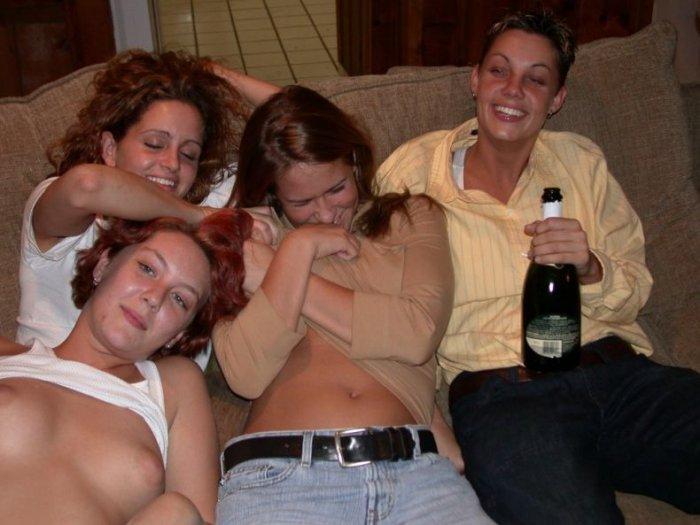 Пьяные девушки (28 фото)