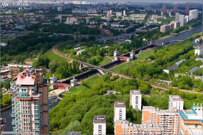 Вид с небоскребов Москвы (8 фото)