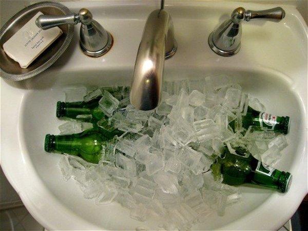 Что нужно мужчине в пятницу вечером (27 фото)
