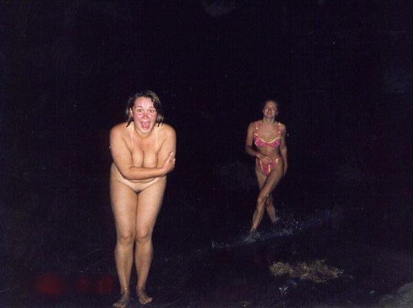 Пикантные фотографии девушек (22 фото)