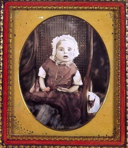 Жесть. Фотографии мертвых детей (26 фото)