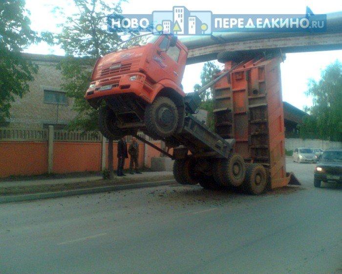 Два горе-водятела (9 фото)