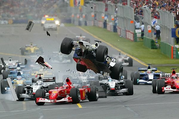 Аварии в формуле-1 (11 фото)