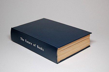 Необычная книга (2 фото)