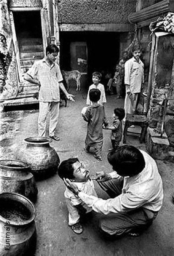 Скончался самый маленький человек на земле... (8 фото)