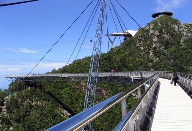 Необычный мост (12 фото)