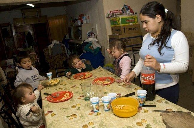 7 детей в 17 лет (13 фото)