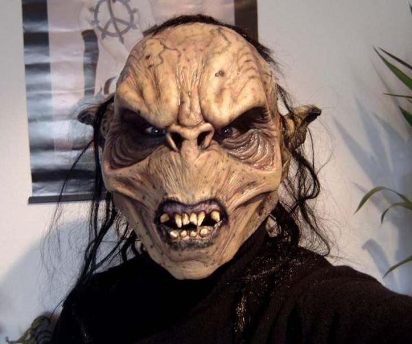 Страшные маски из фильмов (19 фото)