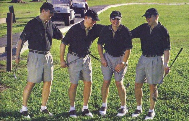 Как сходить по-маленькому во время игры в гольф (4 фото)