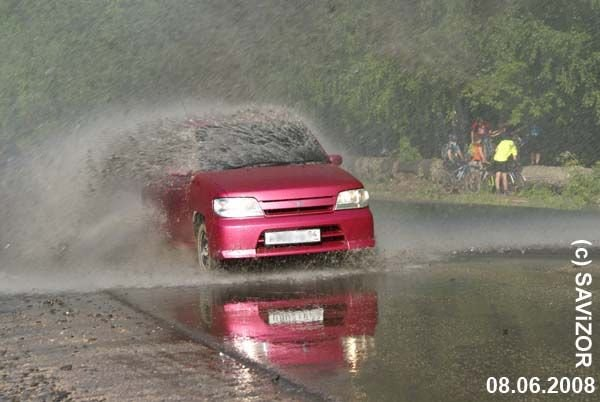 Как неправильно мыть машину (7 фото)