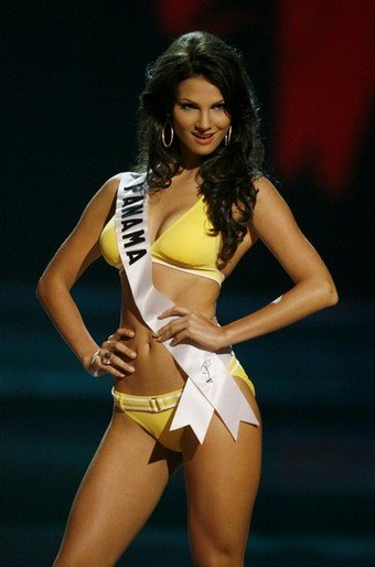 Девушки с конкурса Мисс Вселенная 2008.