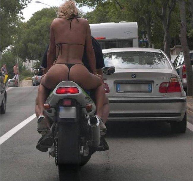 Лучший девайс к мотоциклу! (4 фото)