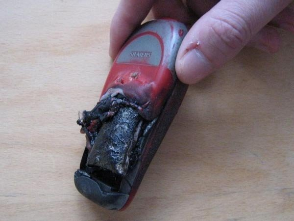 Что может случиться с вашим телефоном (8 фото)