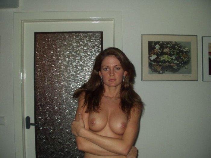 Частные фотографии девушек (57 фото)