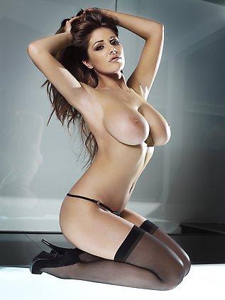 Модели с большими формами (20 фото)