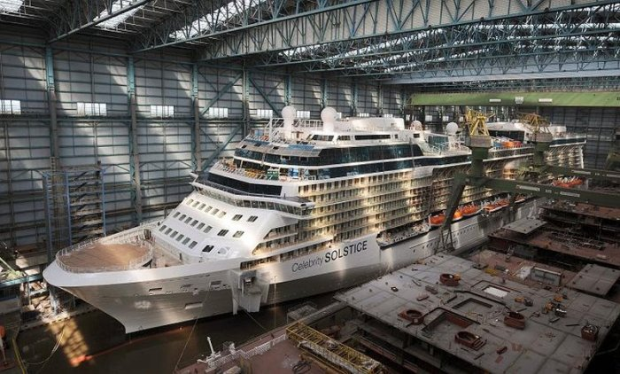 Кораблик за 500 млн. евро (9 фото)