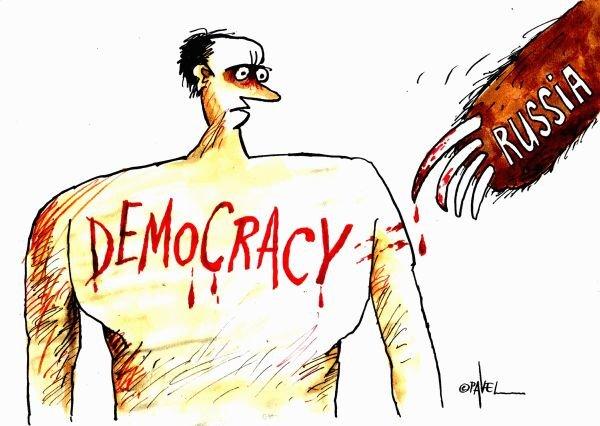 Как показывают Россию западные карикатуристы (28 фото)