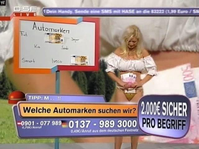 Зачетная немецкая ведущая!